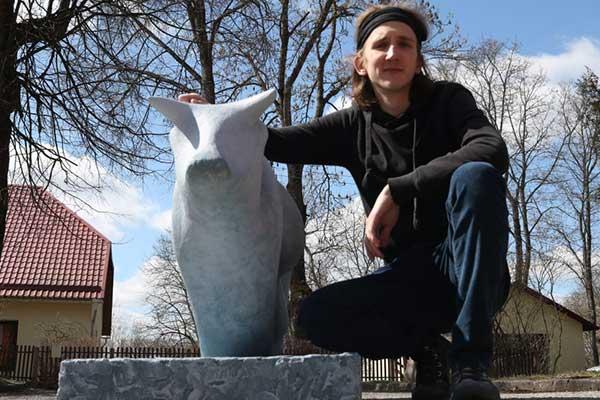 Лауреат творческого конкурса «Парад коров» – воспитанник Резекненской средней школы искусства и дизайна