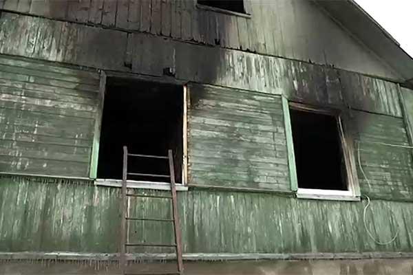 Полиция возбудила уголовное дело по факту гибели ребенка при пожаре