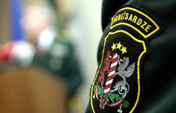 Под Резекне пограничный спецназ помог полиции задержать вооруженного грабителя