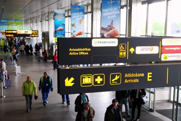 Латвийцам дали два дня, чтобы вернуться из-за рубежа