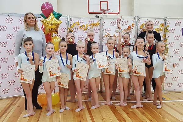 На соревнованиях по эстетической гимнастике резекненские спортсменки показали отличные результаты
