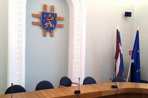 В Резекне на 13 депутатских кресел претендуют 166 кандидатов