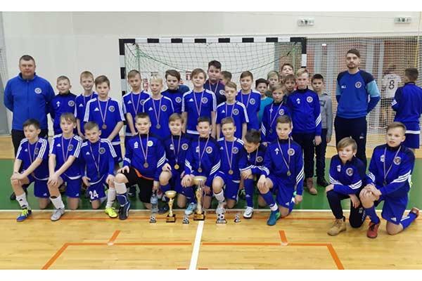 Команда по футзалу U-12 – обладатели золотых медалей